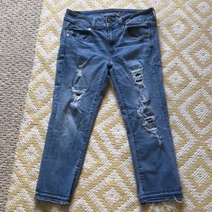 American Eagle Outfitters cropped jeans
